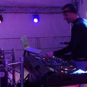 MisterPolo le DJ résident